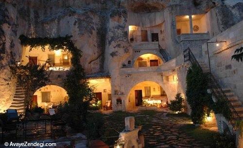هتل های سنگی با معماری قدیمی
