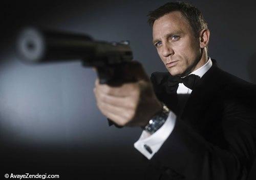 من باند هستم، جیمز باند
